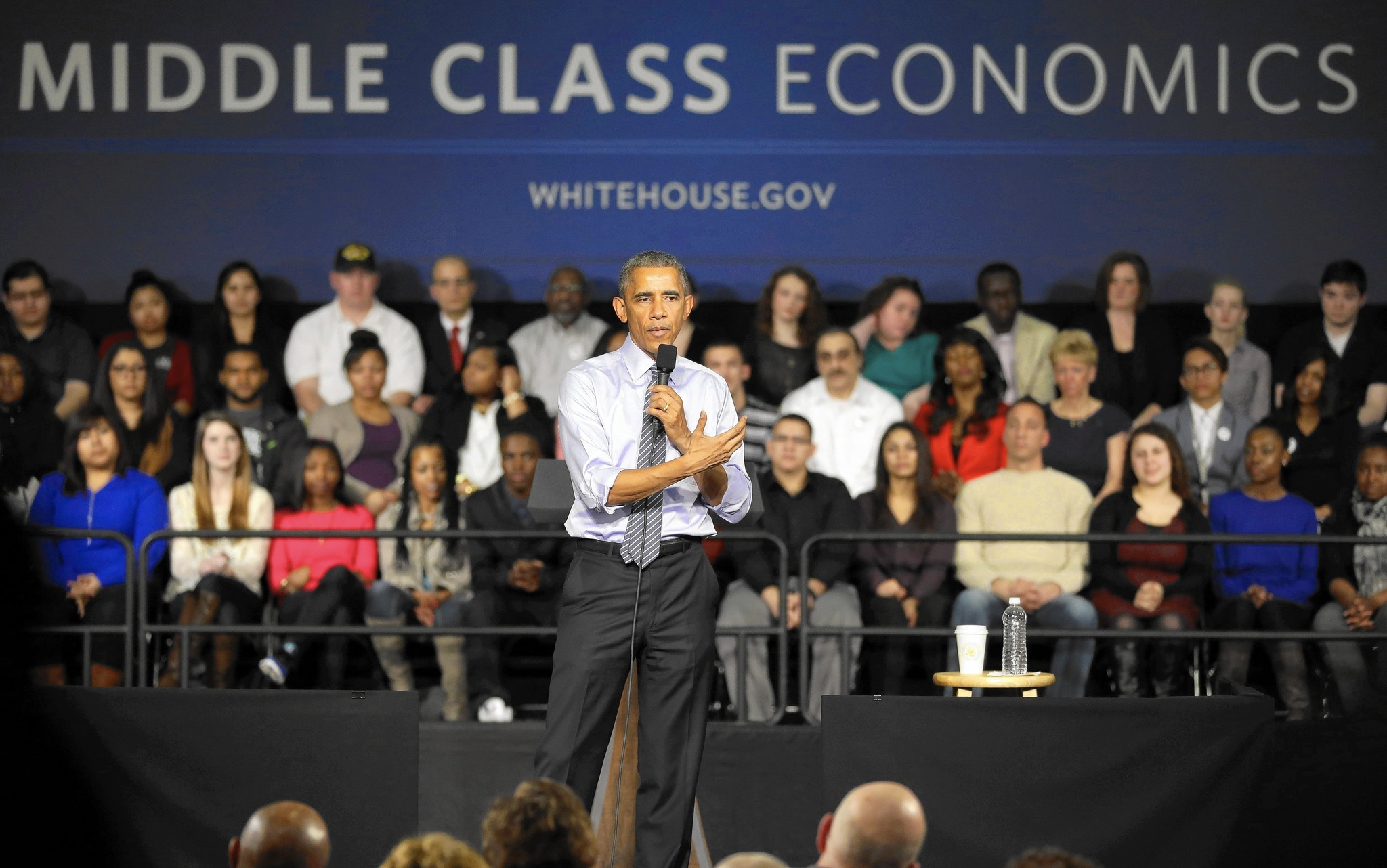 Obama pitches free college plan in Indianapolis