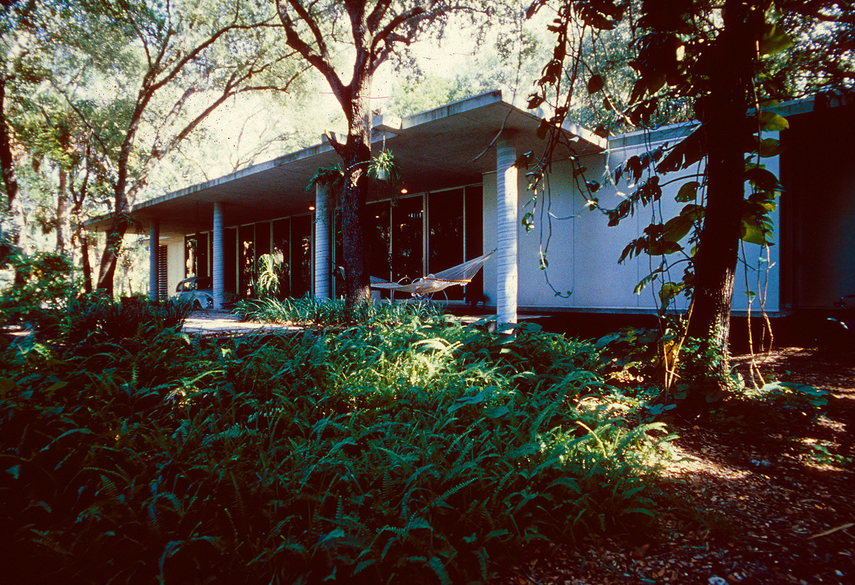 garden tour features mid century marvels by architects singer and