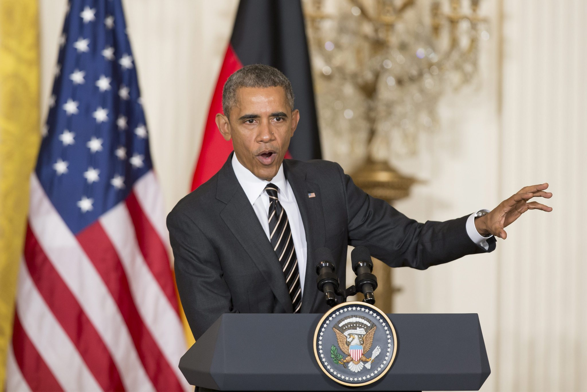 Obama asks for fresh war powers, says Islamic State 'going to lose'