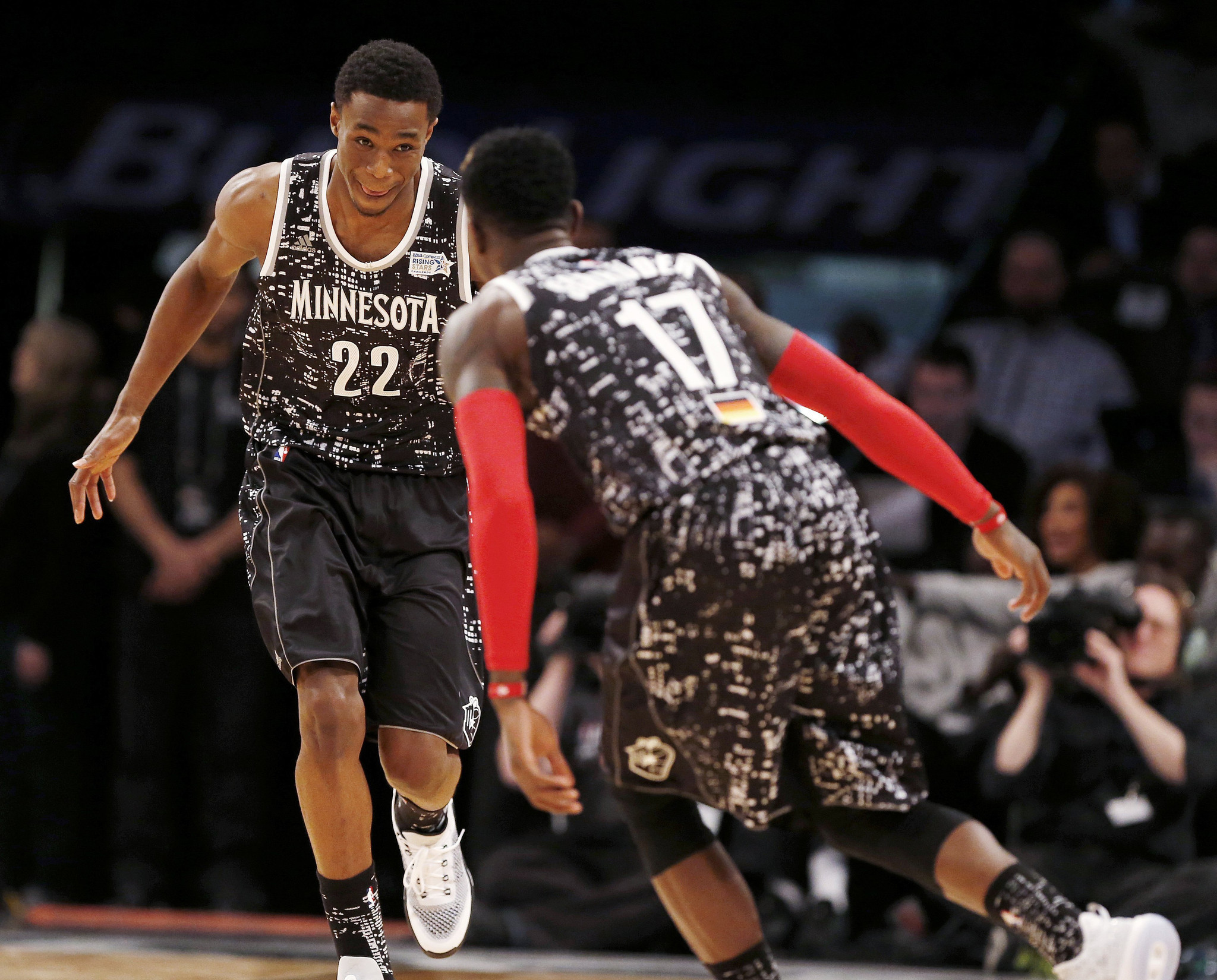 World Beats U S In Rising Stars Challenge To Start Nba