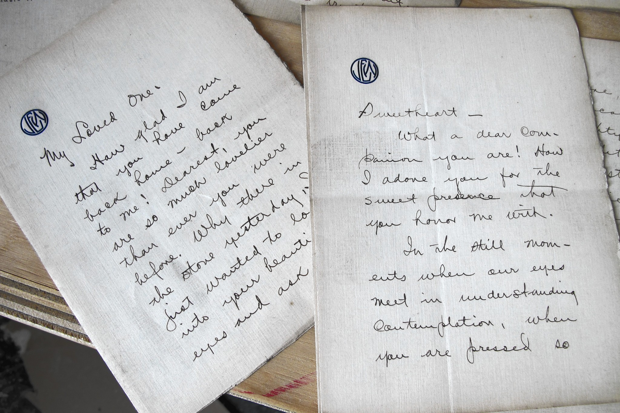 Love Letters In The Wall: A Historical Mystery La Times