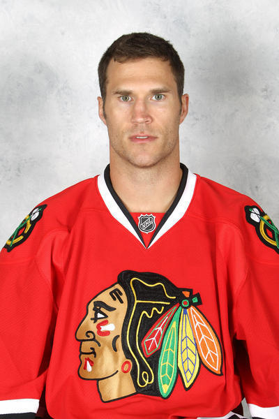 Former Blackhawks Defenseman Steve Montador Dead At 35