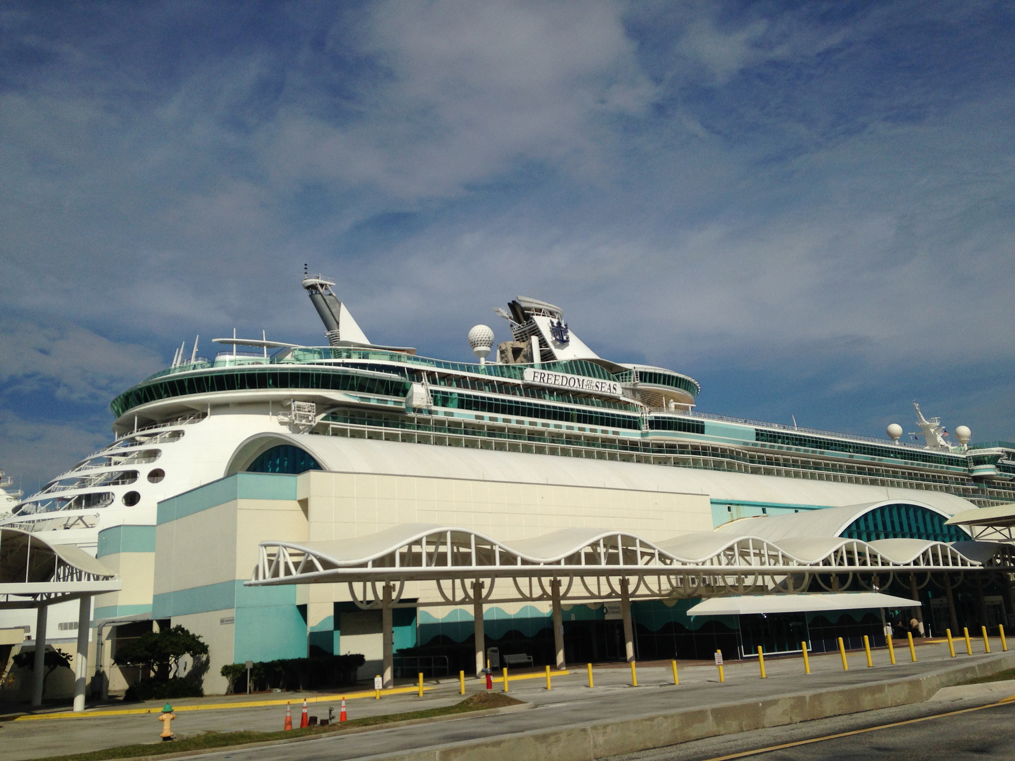 Six Cruise Ships Dock At Port Canaveral Orlando Sentinel - Cruise ship schedule port canaveral