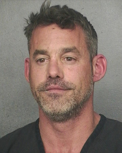 Nicholas Brendon of 'Buffy' faces grand theft, criminal mischief claims - capitalgazette.com