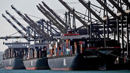 Backup at ports of Los Angeles and Long Beach