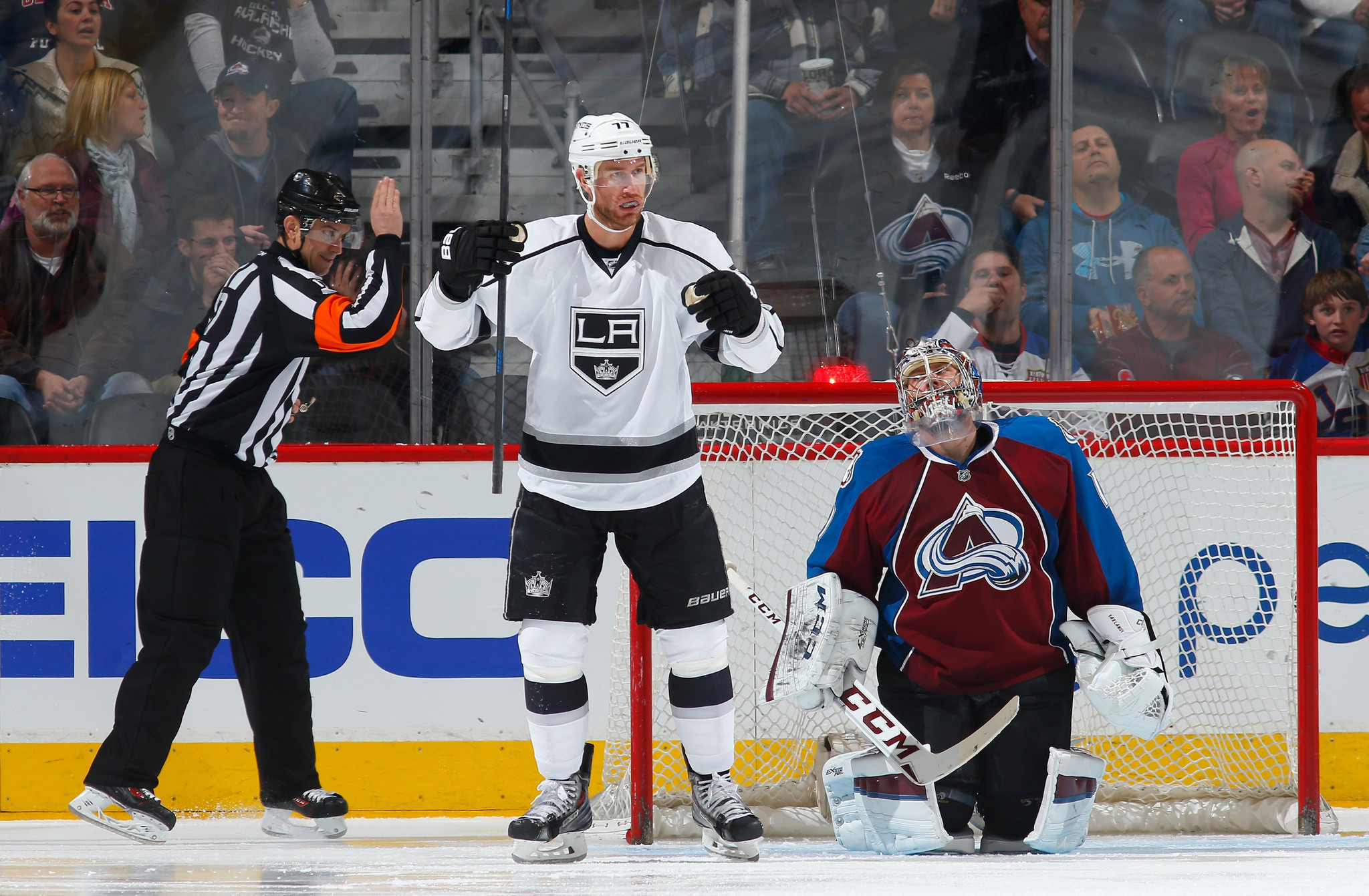 Kings Make It Six Wins In A Row With 4-1 Victory Over The Avalanche