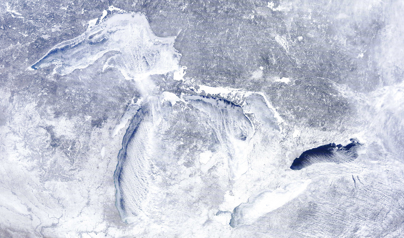 Great Lakes ice cover may bring cool spring