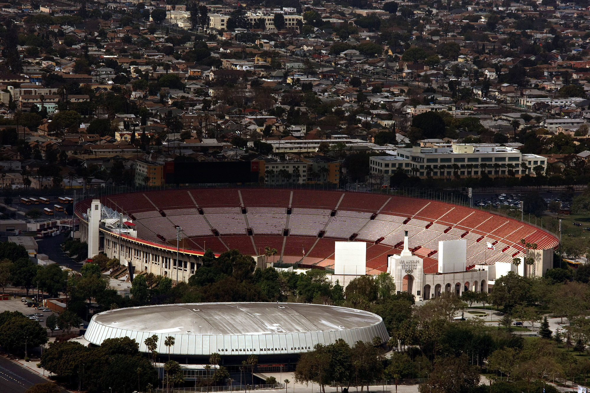 Nfl In L A Coliseum Is Ready When Nfl Is Ready Usc Says