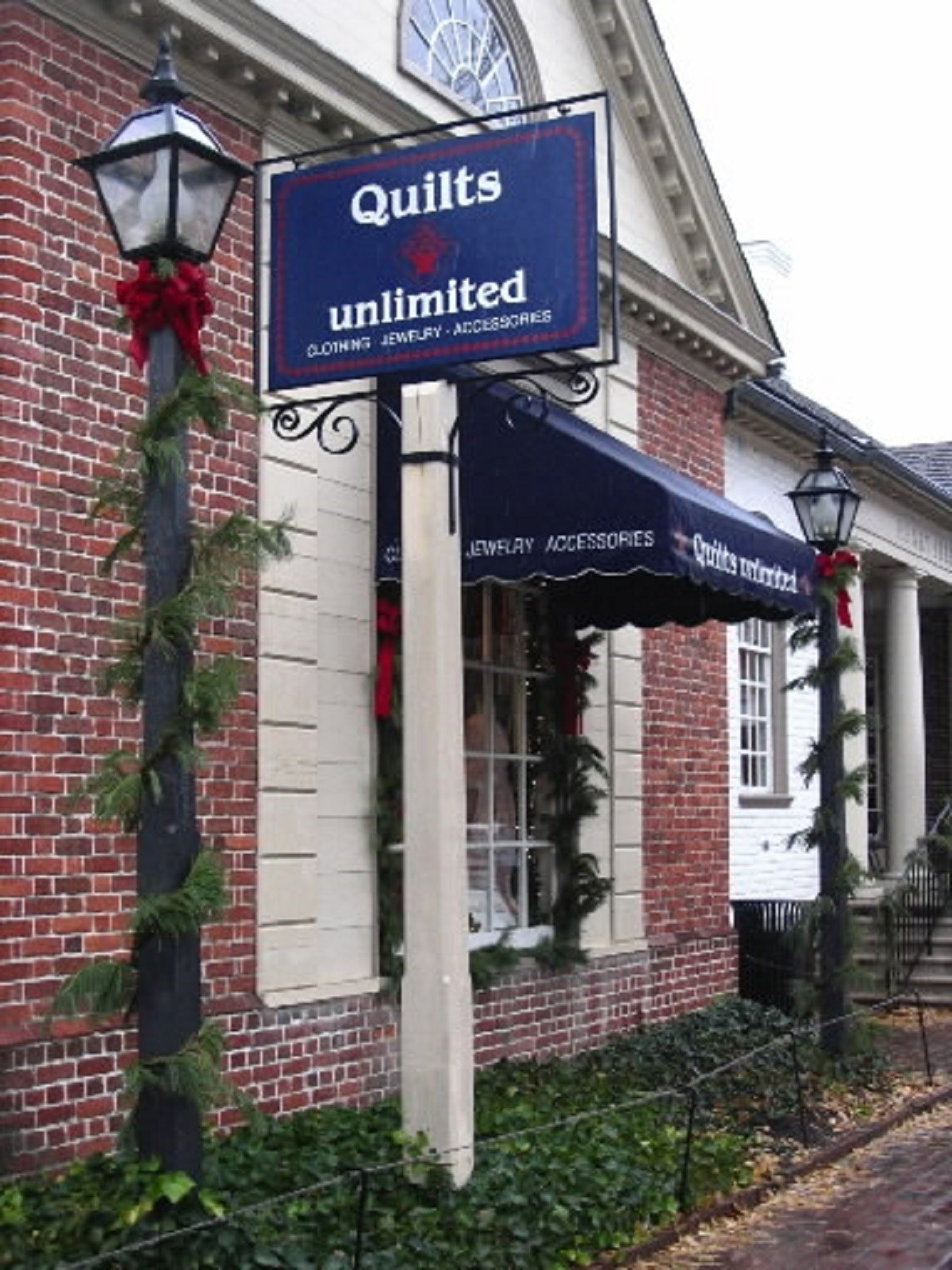 Quilts Unlimited in Williamsburg merges with sister store - Daily ... : quilt shops williamsburg va - Adamdwight.com