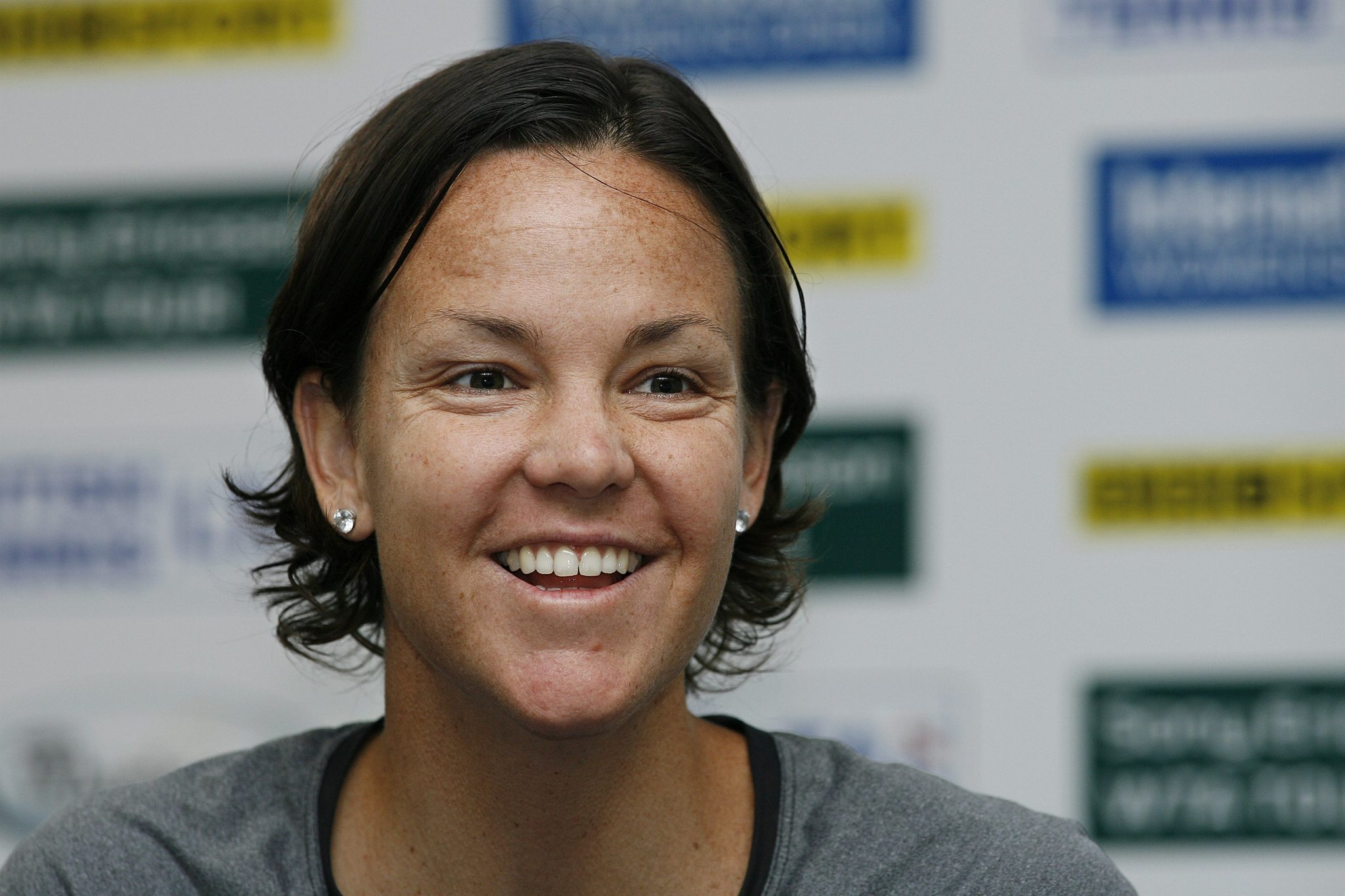 Lindsay Davenport offers up home court as summer lease LA Times