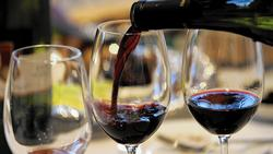 Corkage fee helps put a cap on wine expenses