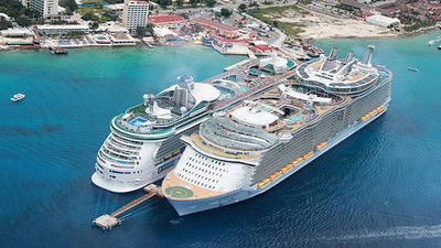 Oasis of the Seas heading to Port Canaveral