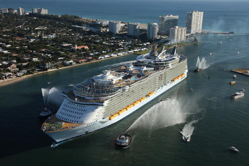 The Royal Caribbean Oasis of the Seas became the largest cruise ship in the world when it debuted in 2008.