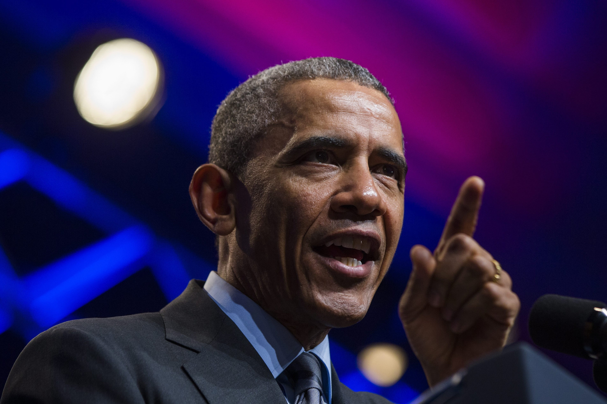 Judge asks Obama administration to explain immigration protections