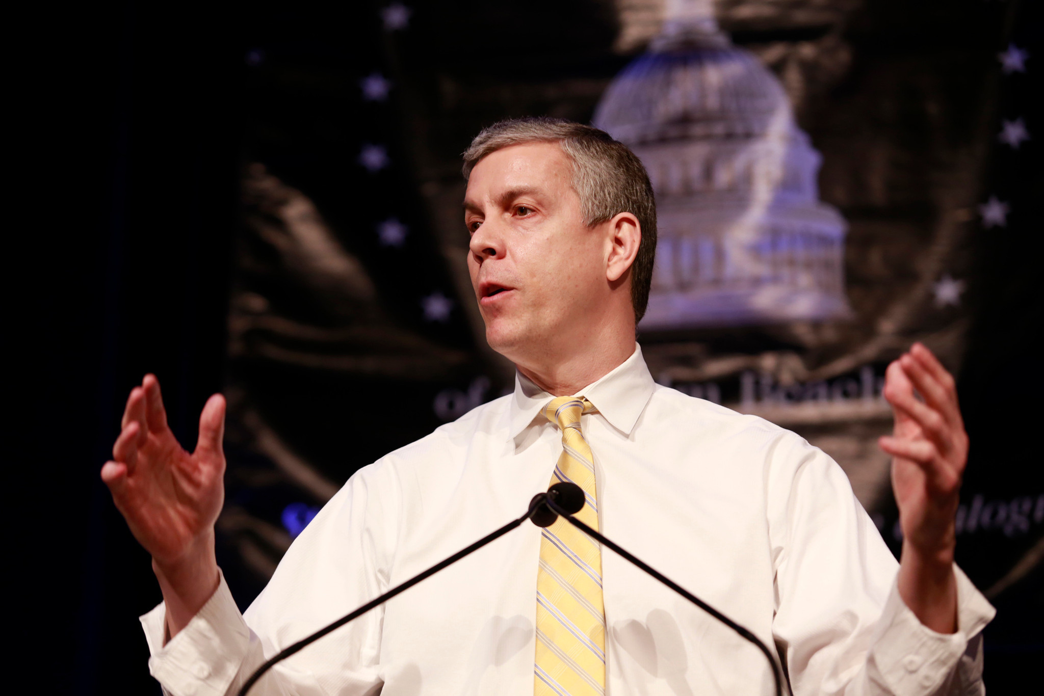 arne duncan visits west palm beach to talk testing education
