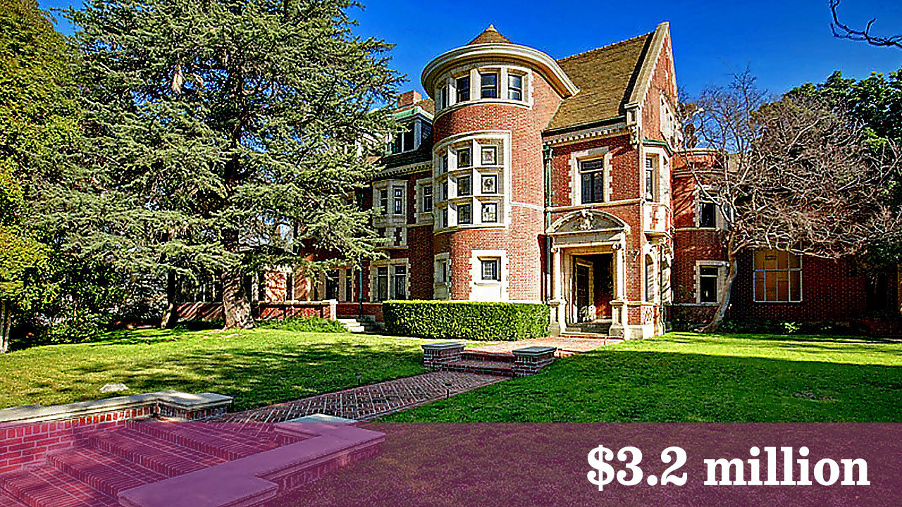 39 american horror story 39 house finally finds a buyer la times for American horror house