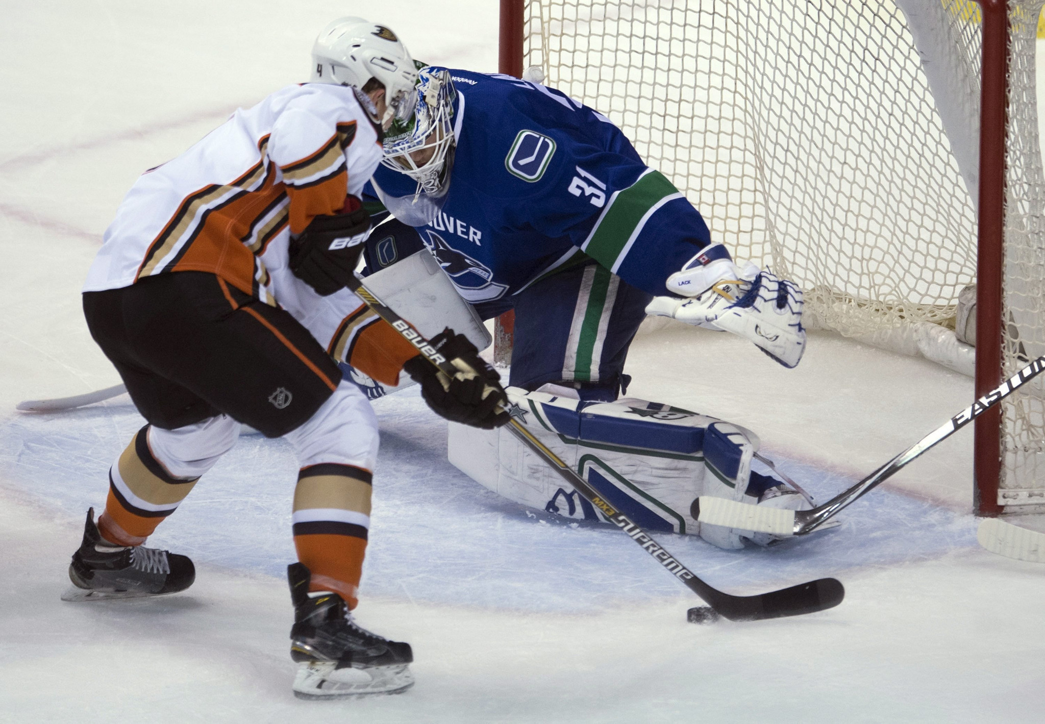Ducks Are Finally Margin-called, Fall To Canucks In Rare One-goal Loss