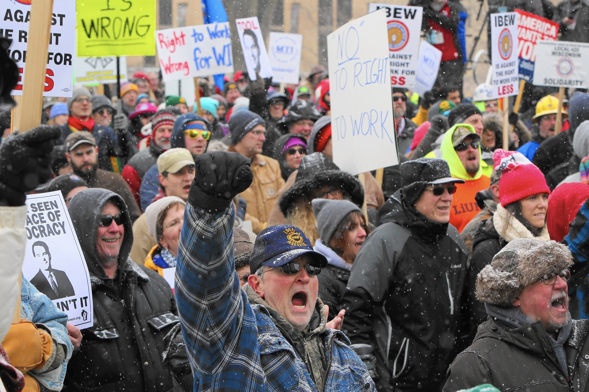 Illinois unions ramp up to thwart 'right to work'