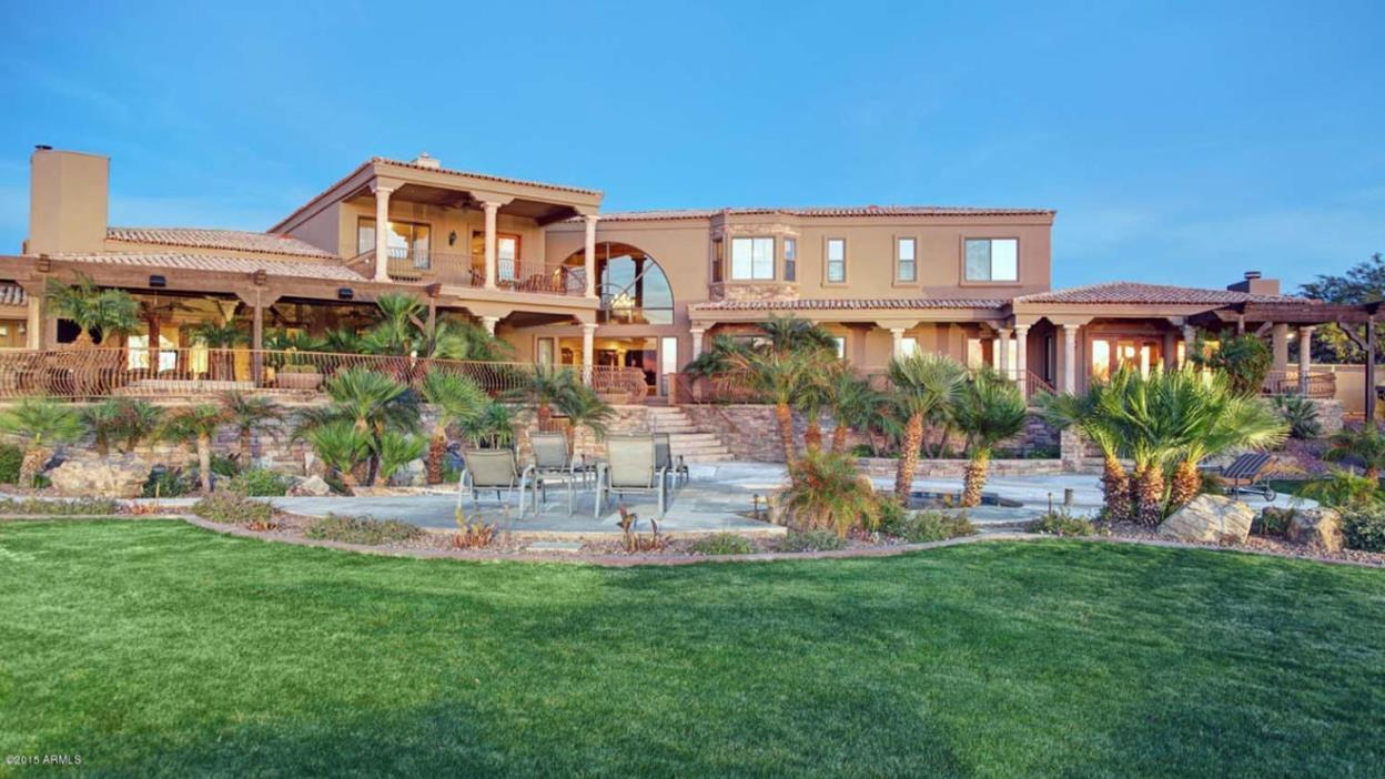 Bears 39 Jared Allen Lists Desert Home For Sale At