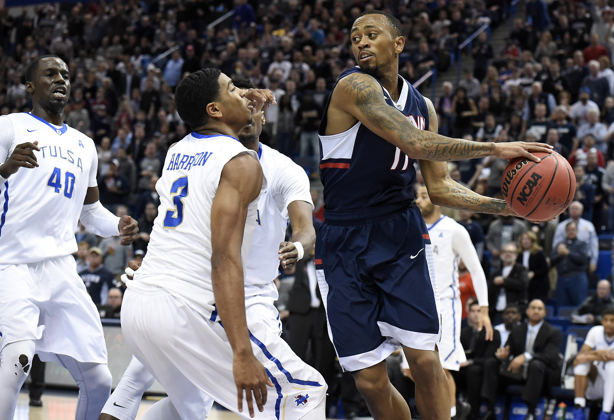 UConn Men Come Back And Beat Tulsa 47-42; Team To Face SMU ...