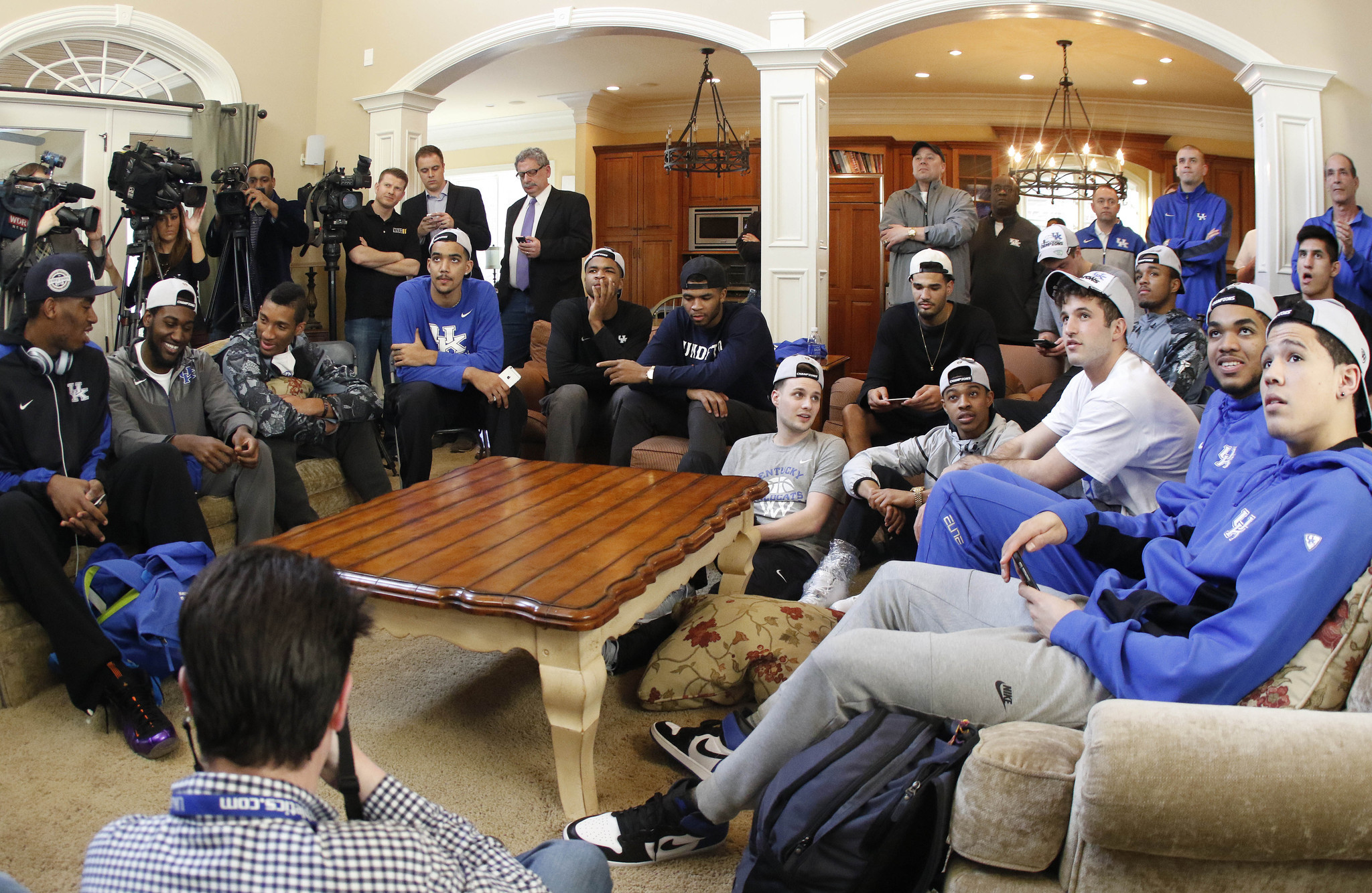 Can any team stop Kentucky's march to NCAA title?