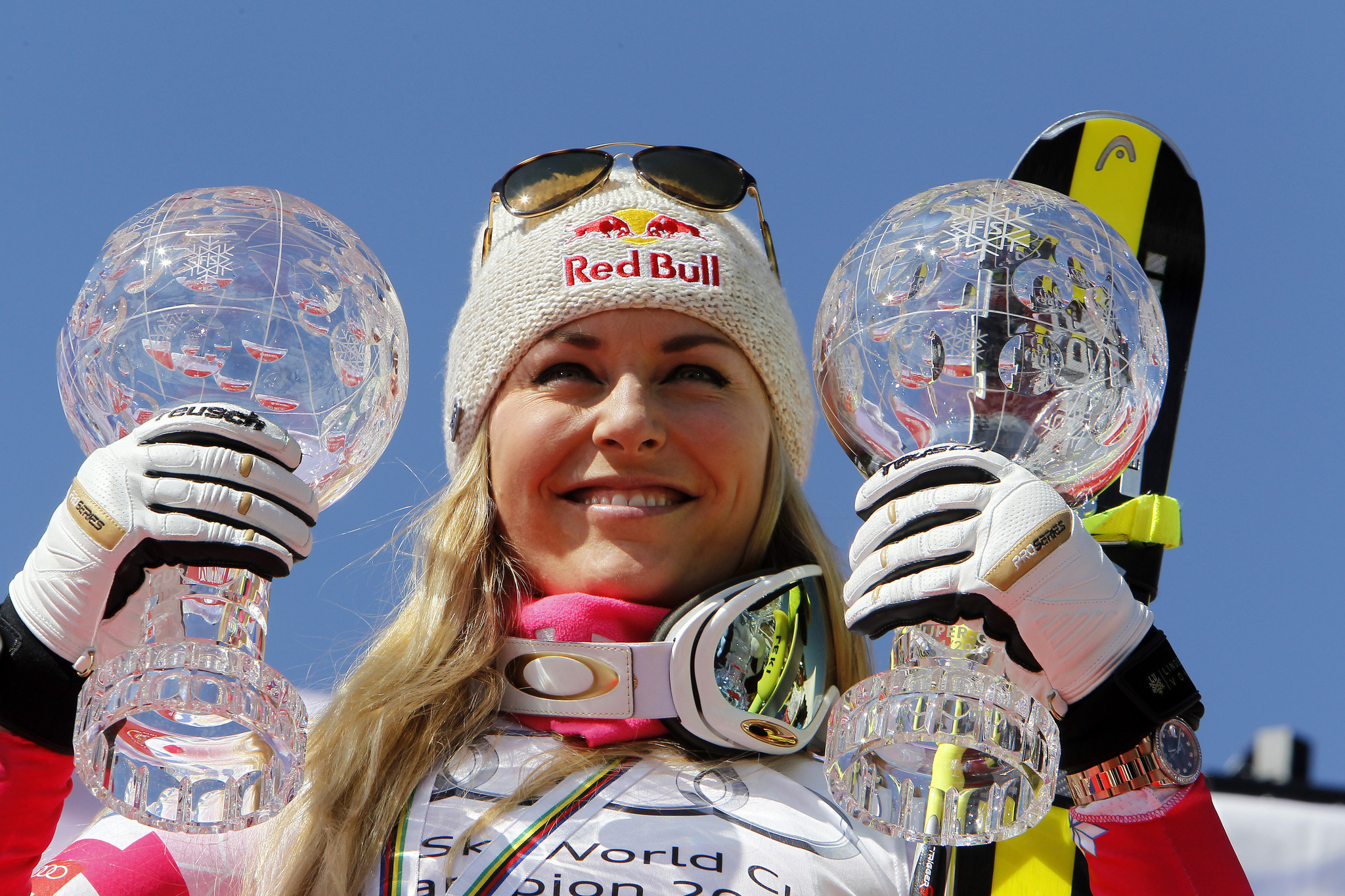 Lindsey Vonn wins record-tying 19th World Cup title