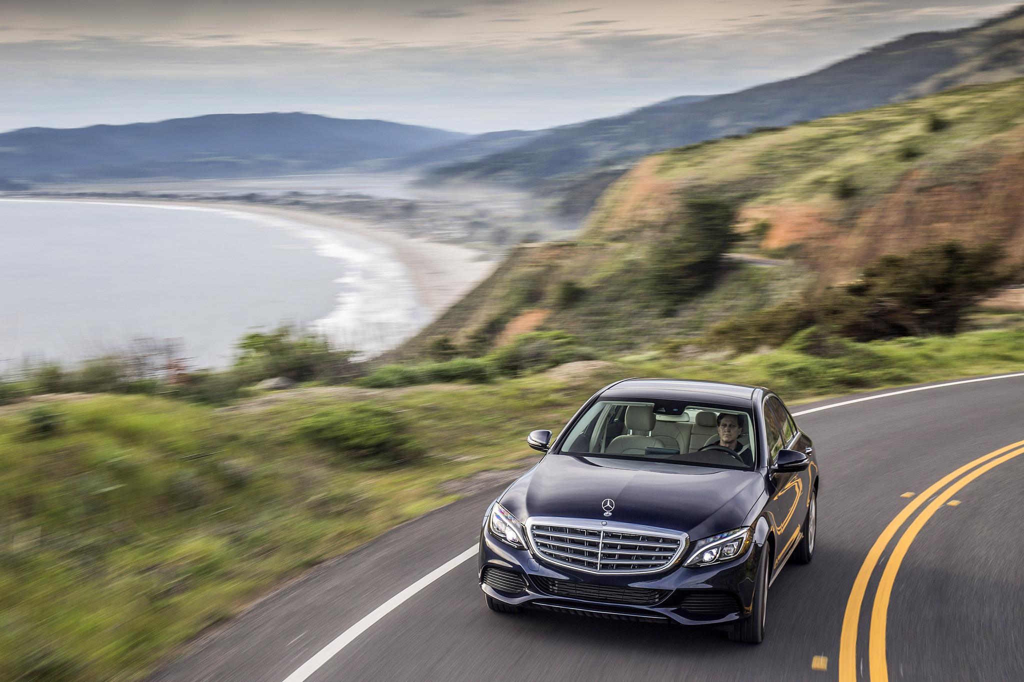 First drive mercedes 39 c 350e plug in hybrid la times for Mercedes benz 350e