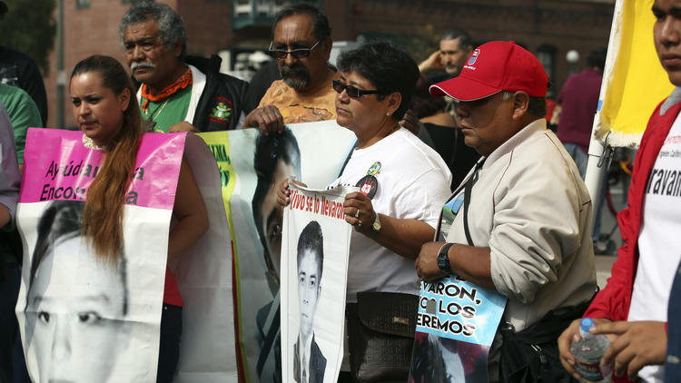 L.A. rally for missing Mexican students