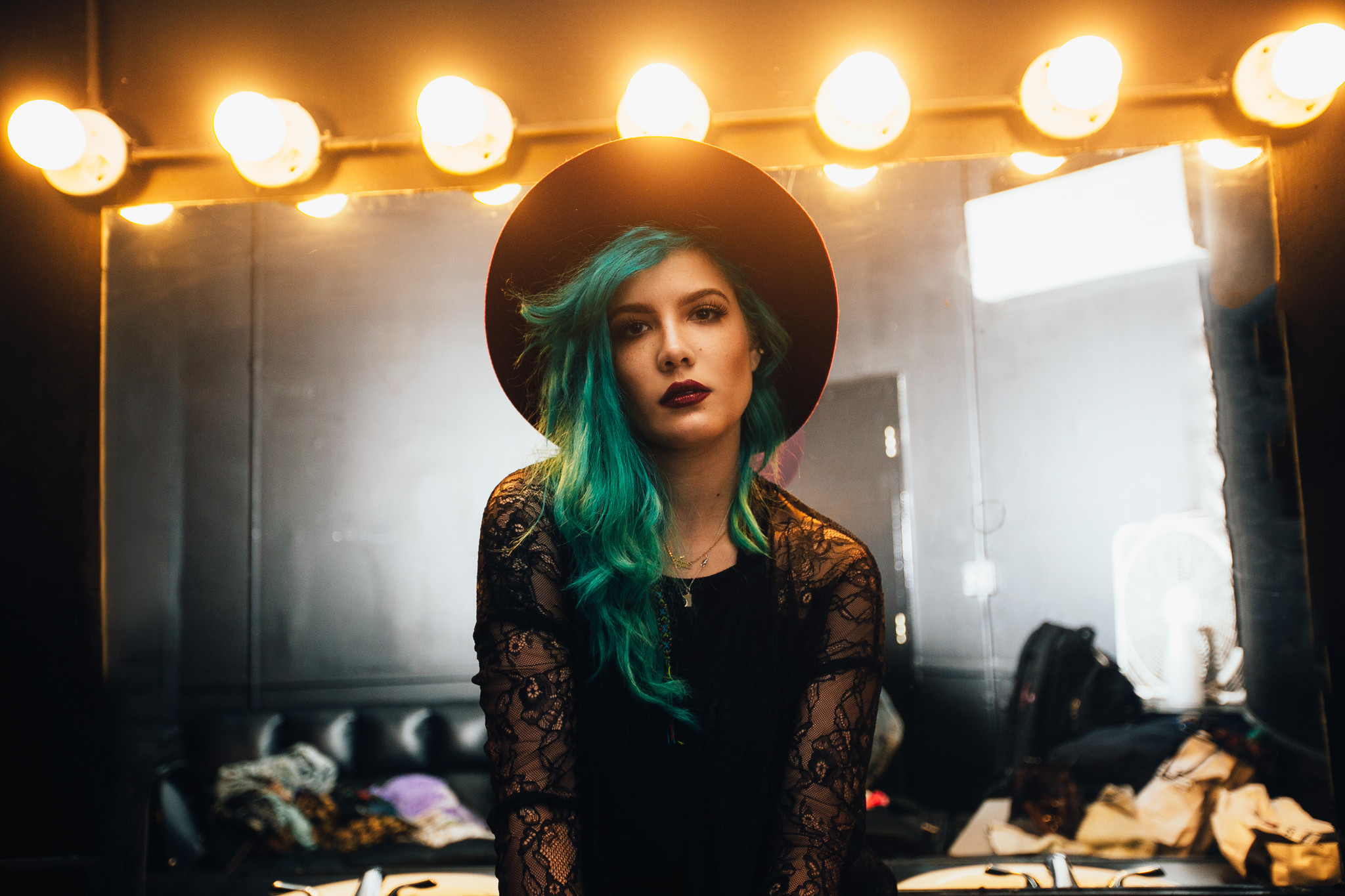 Honesty is the best policy for rising star Halsey - RedEye Chicago2048 x 1365