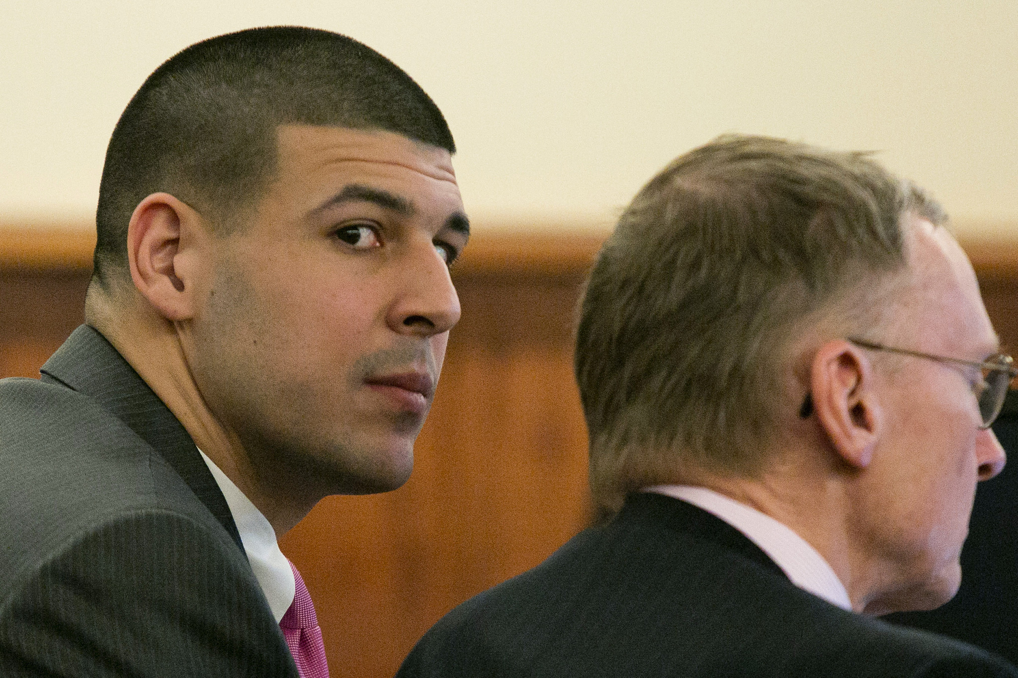 aaron hernandez murder case essay Aaron hernandez murder case on the night of june 17, 2013 former new england patriot aaron hernandez allegedly committed murder on 27-year-old odin lloyd less than a mile from his home in an industrial park.
