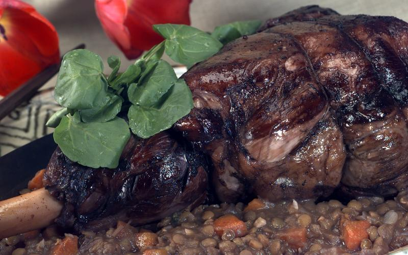 Lamb and lentils to eat with a spoon