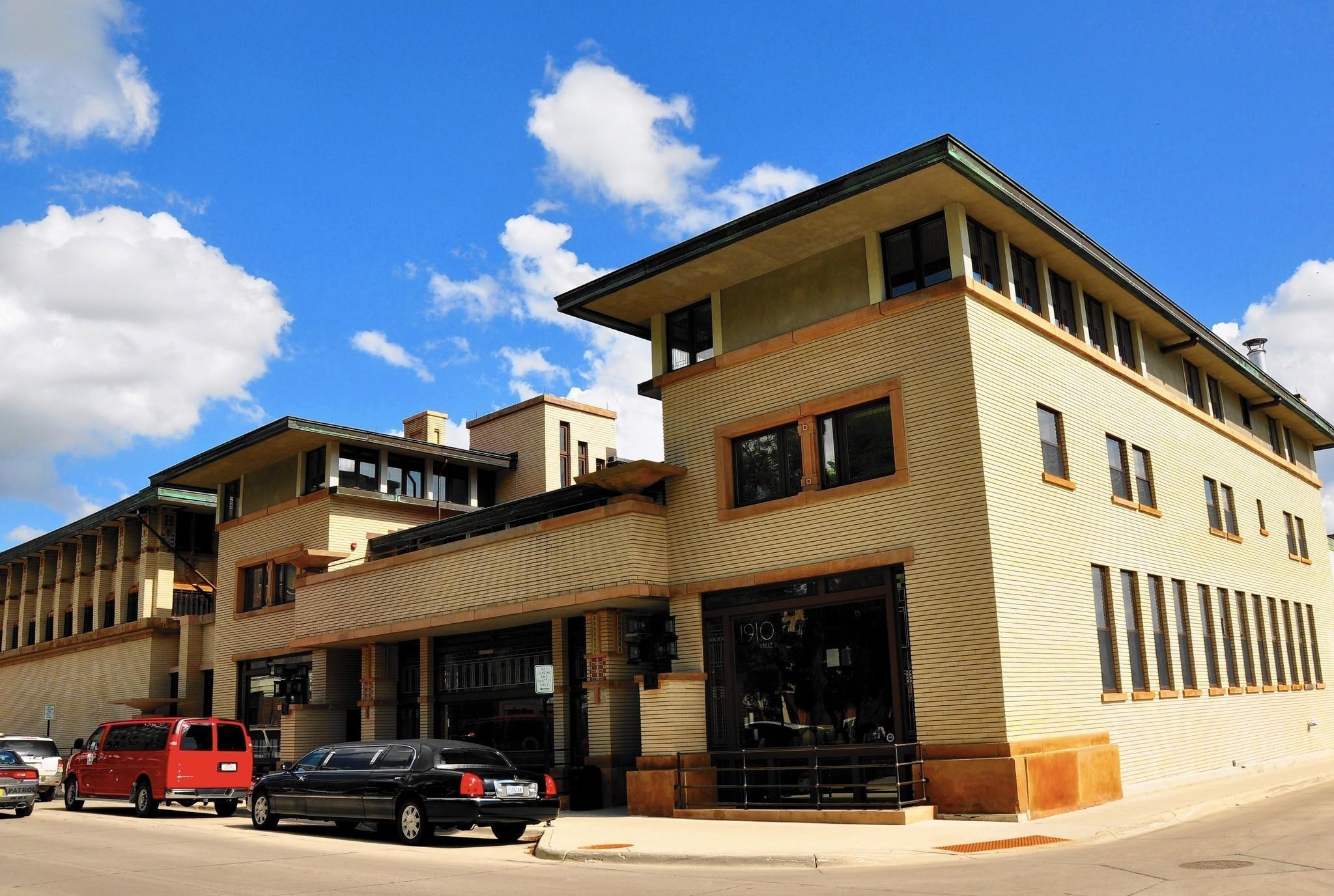 Iowa S River City A Trove Of Prairie School Architecture