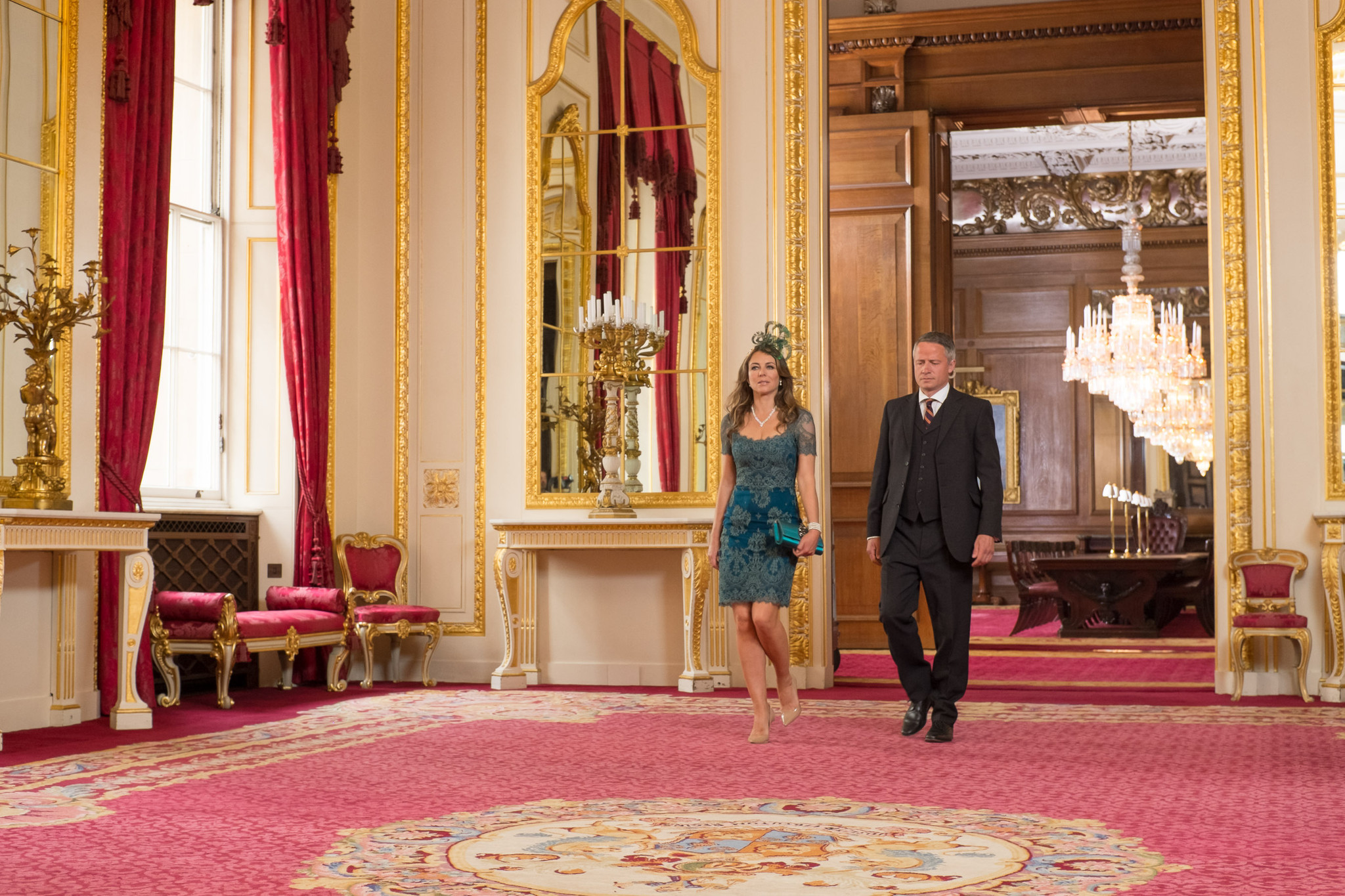 'The Royals': Behaving badly never looked so good