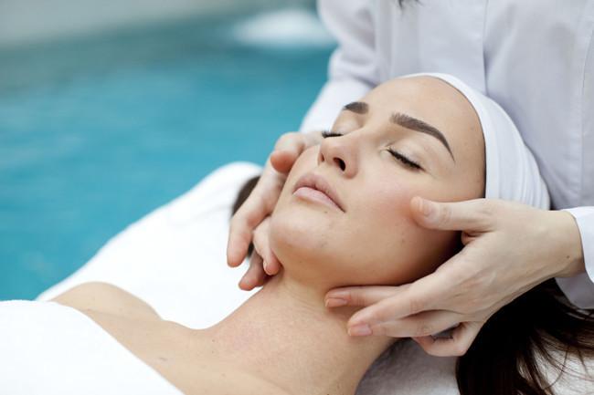 Skin care aestheticians: Treatments improve beauty, build clients' self-confidence