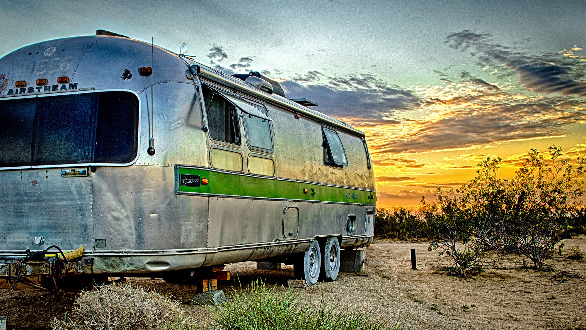 Airstream Trailer Hotel In The Southern California Desert