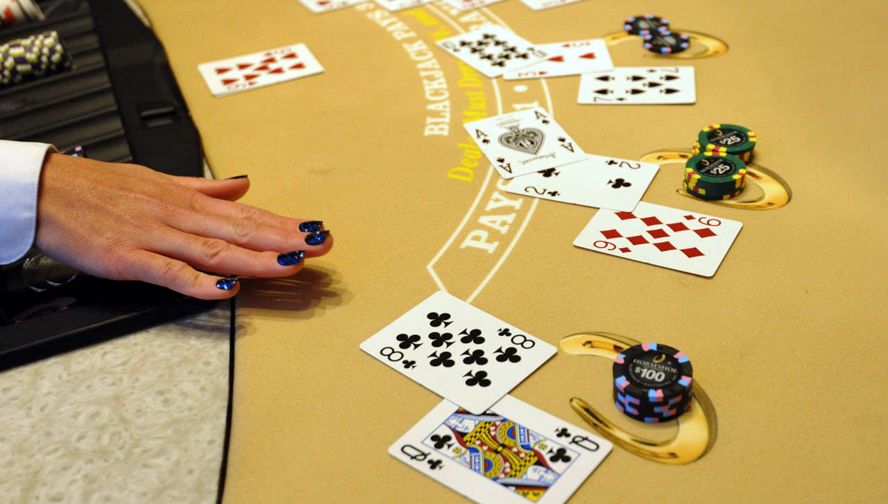 gambling should be abolished The coalition will abolish the national gambling regulator should it win power, setting up an advisory council comprising representatives of the gaming industry in its stead in a set of proposals.