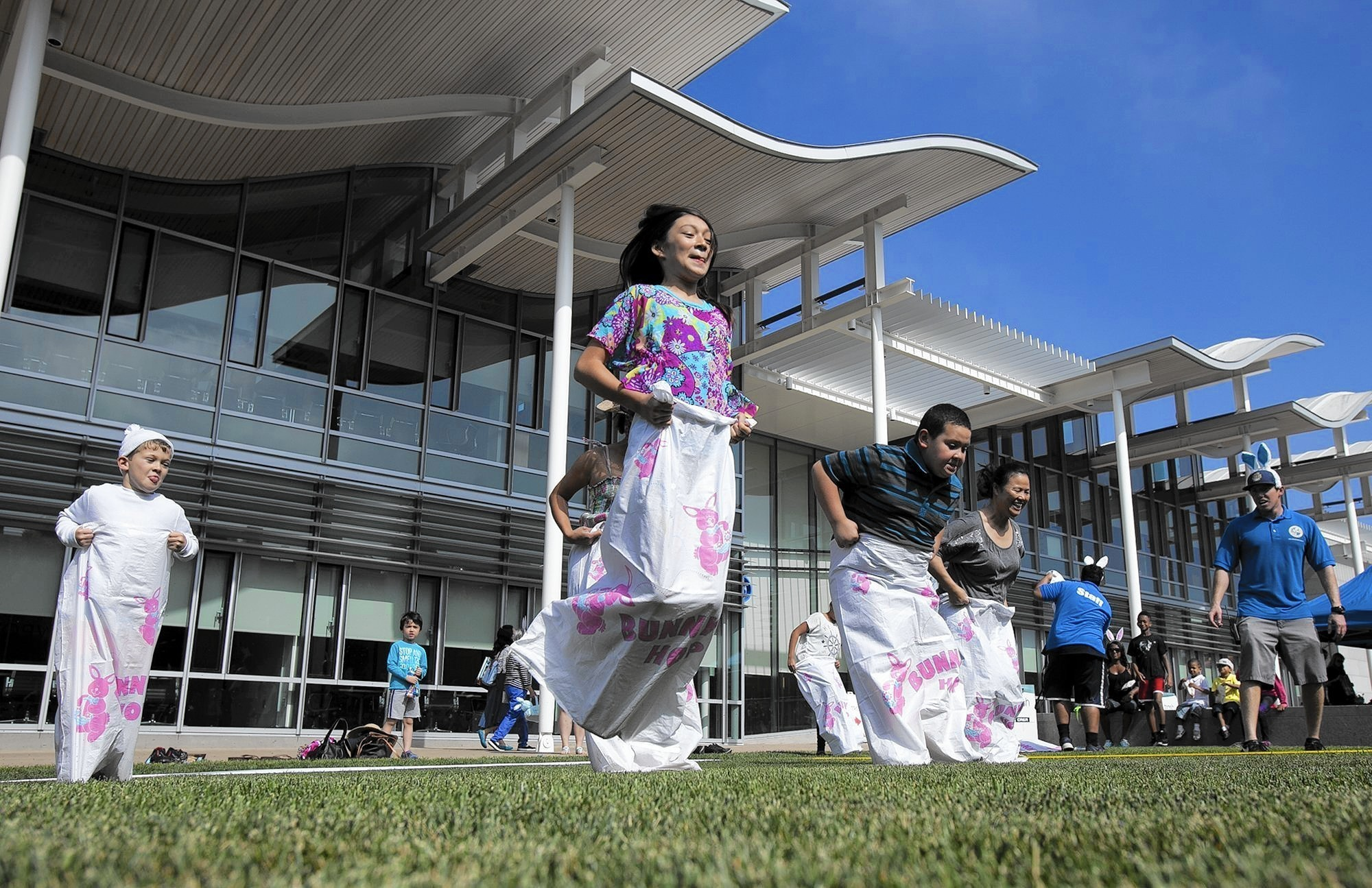 Mayor S Spring Egg Roll Event Seeks To Become Annual Tradition