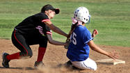 Photo Gallery: Burbank girls softball beats Glendale, 10-0