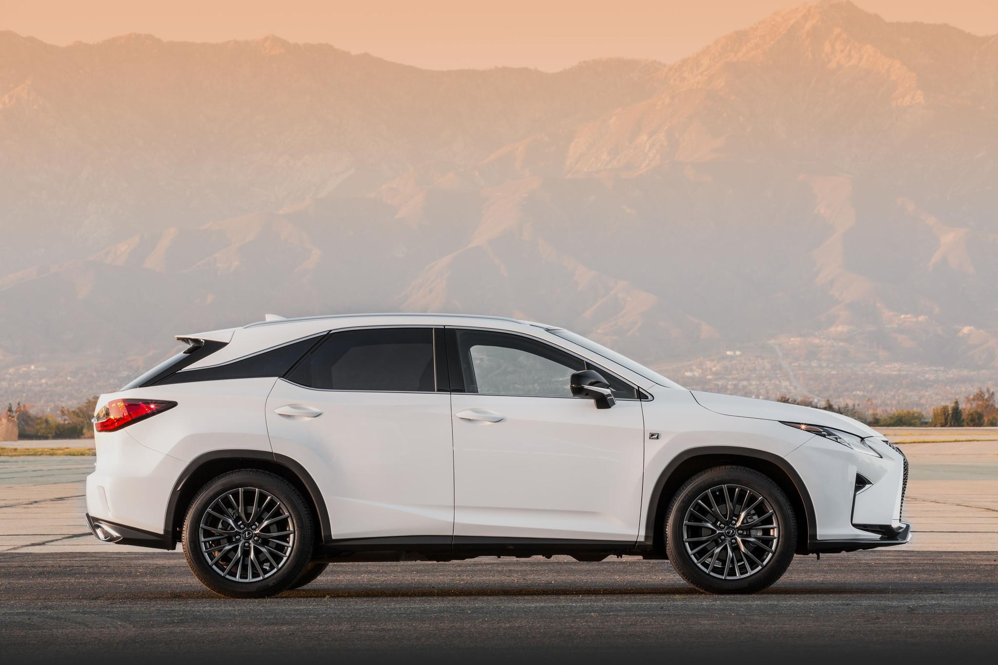2015 New York Auto Show Lexus s redesigned RX LA Times