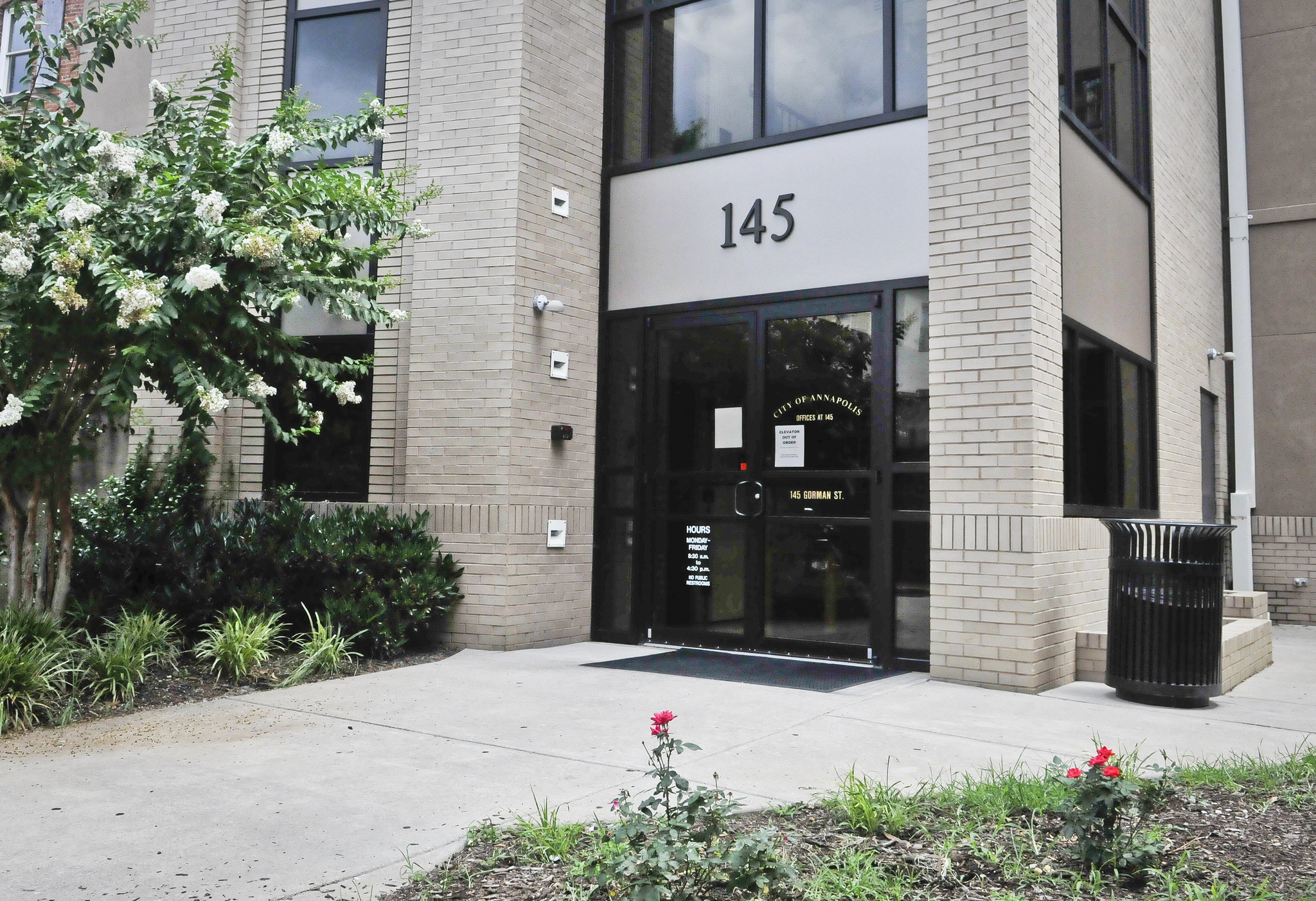 City Board Tackles Plan For Former Furniture Warehouse