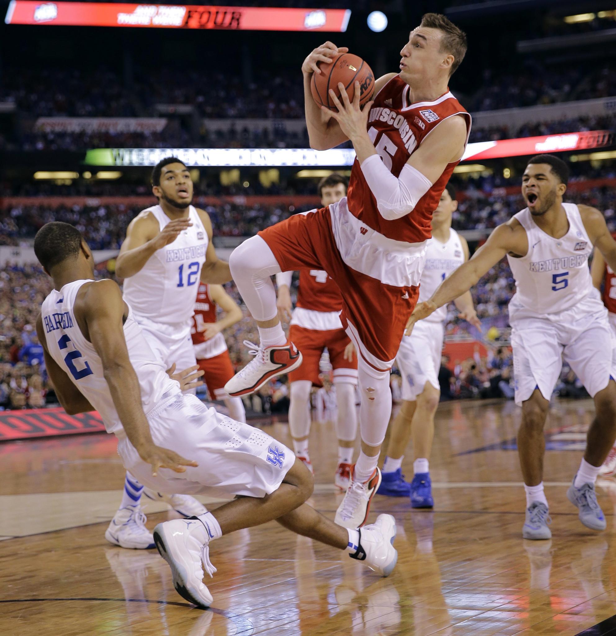 NCAA tournament: Duke, Michigan State, Gonzaga, Louisville advance to Elite 8