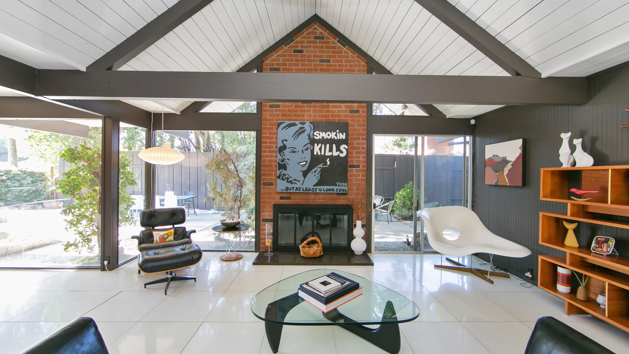 Home of the day well preserved 1964 eichler in o c la for Eichler house