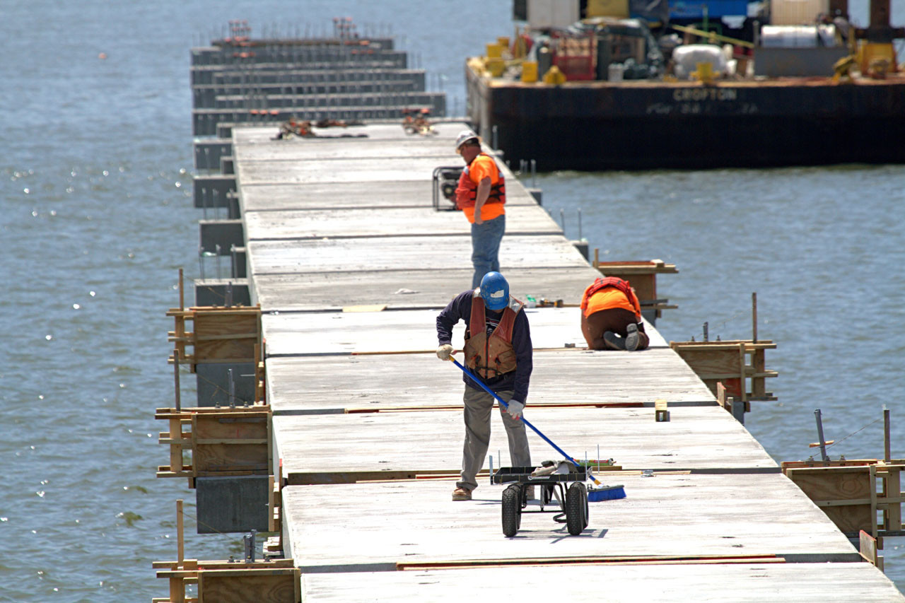 James river fishing pier to be completed by early summer for James river fishing