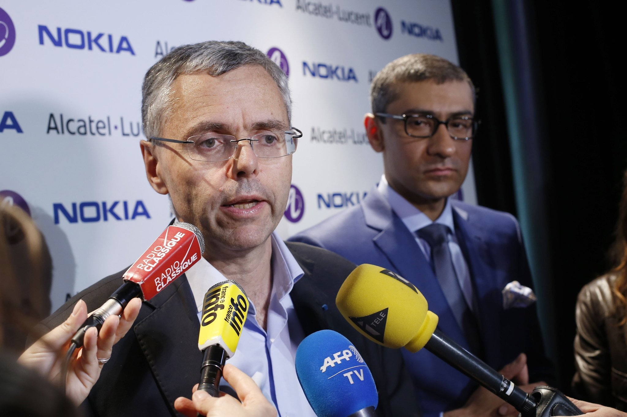 Nokia aims to become telecom equipment leader with Alcatel ...
