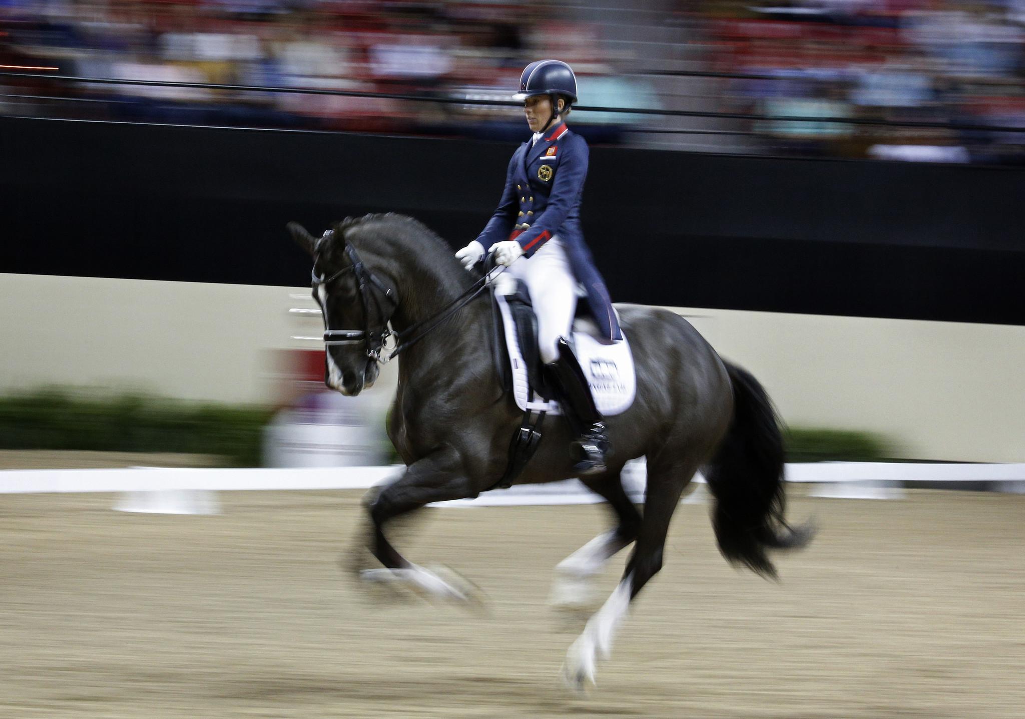 Horses - copertina