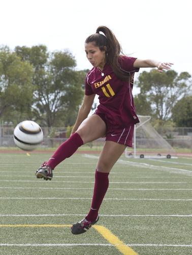 Photo Gallery Girls Soccer Dream Team Daily Pilot