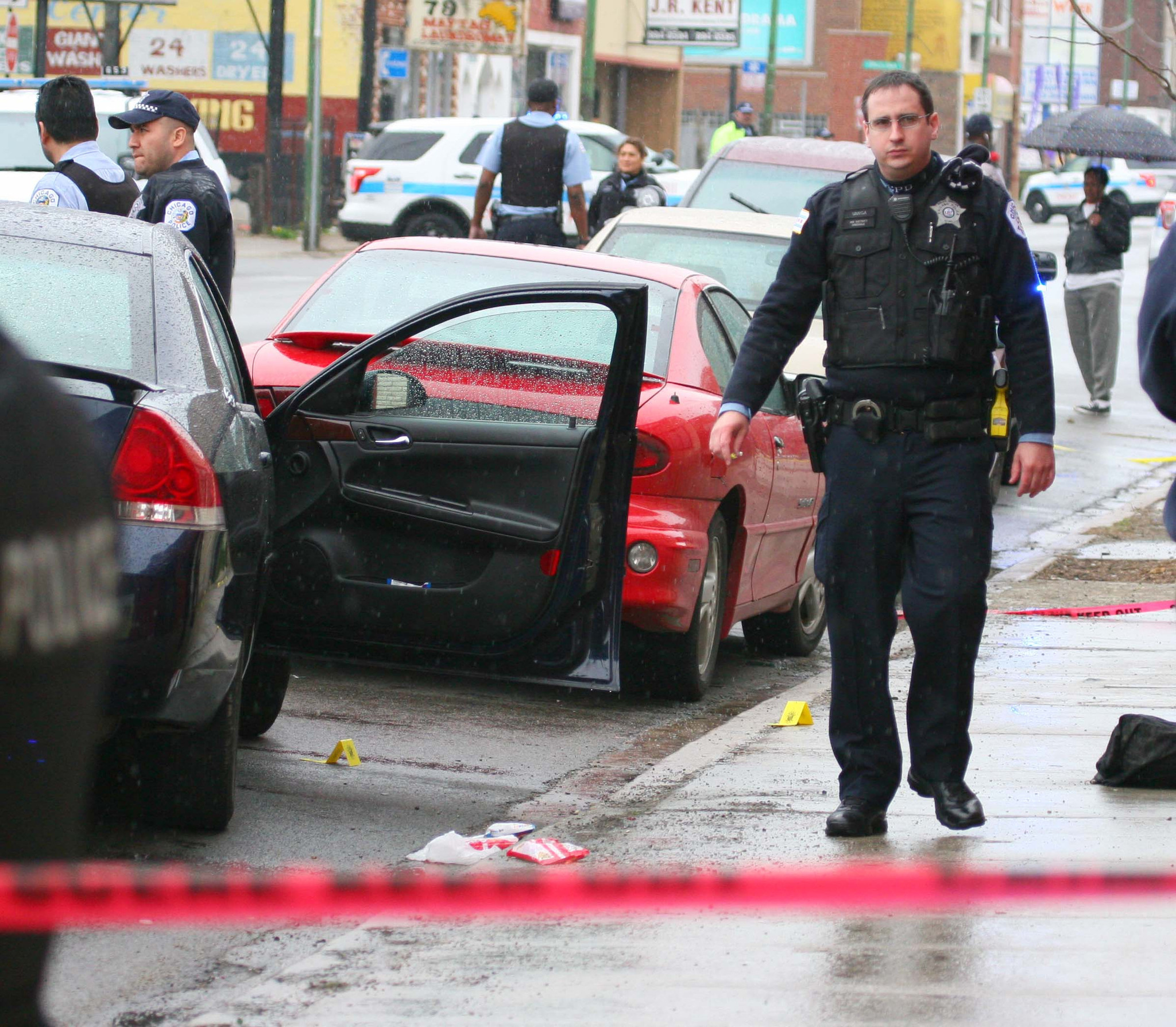 8 injured in shootings on West, South sides