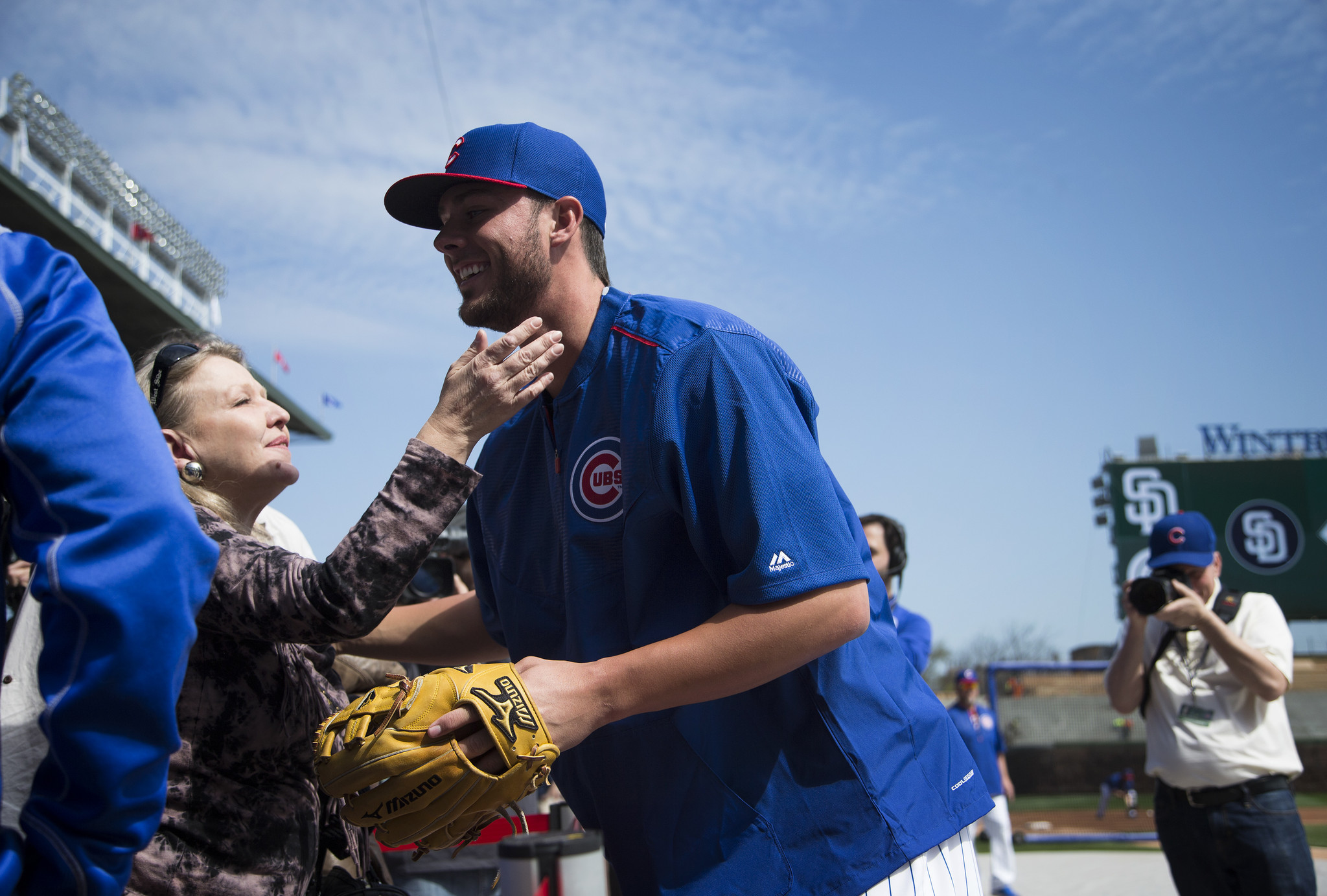 Kris Bryant Won T Let Endorsements Get In The Way Of