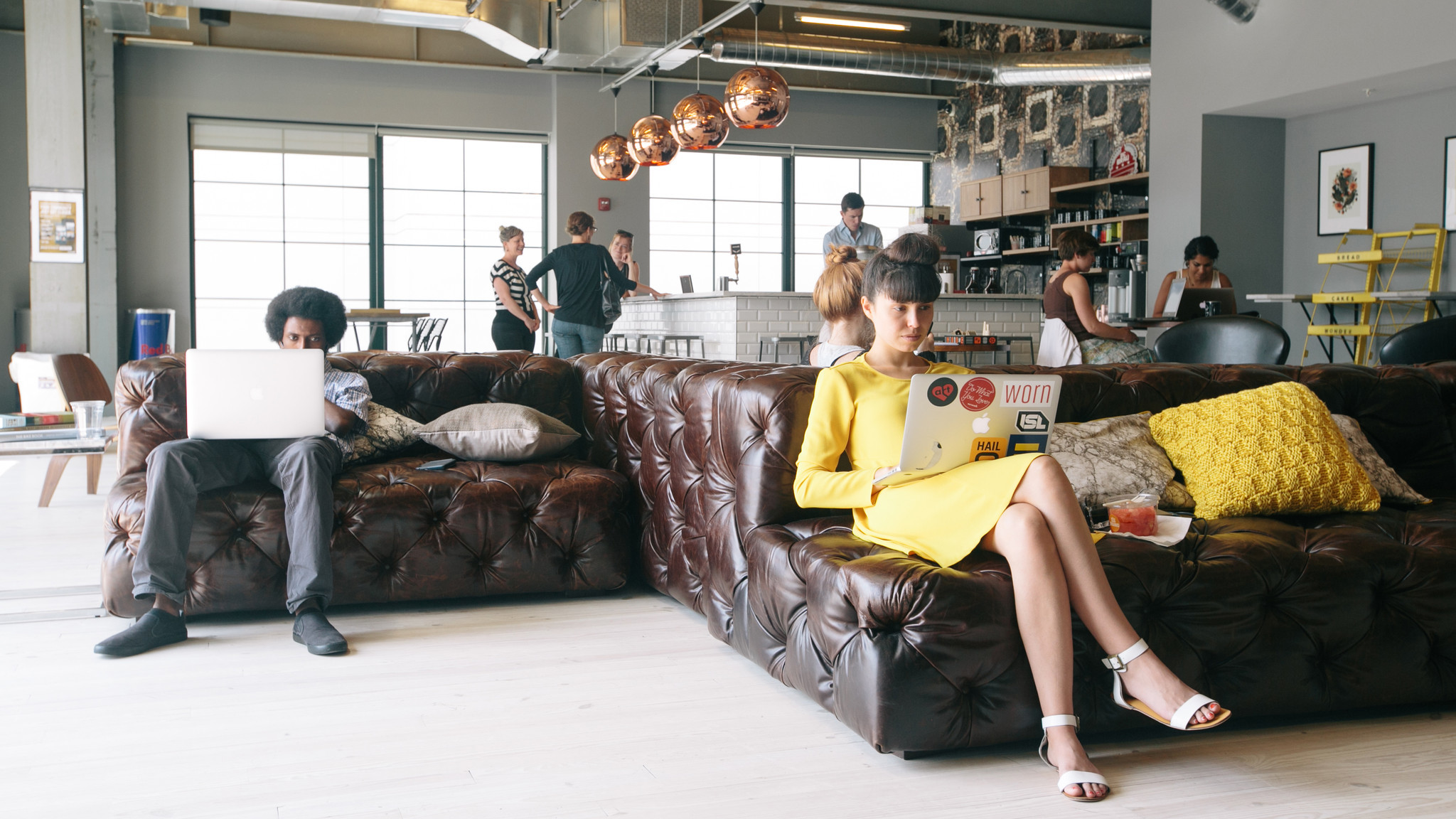 Wework Bringing Its Model Of Larger Coworking Es To Chicago Europe Fashion