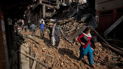 Rescuers struggle to reach many in Nepal quake, death toll surpasses 3,200